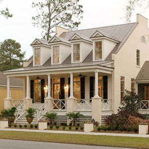 Pretty-small-house-via-Southern-Living-
